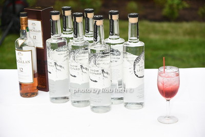 McCallan Scotch and Snow Leopard Vodka photo by Rob Rich/SocietyAllure.com © 2016 robwayne1@aol.com 516-676-3939