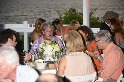 Dining at the Surf Lodge  photo by Rob Rich/SocietyAllure.com © 2016 robwayne1@aol.com 516-676-3939