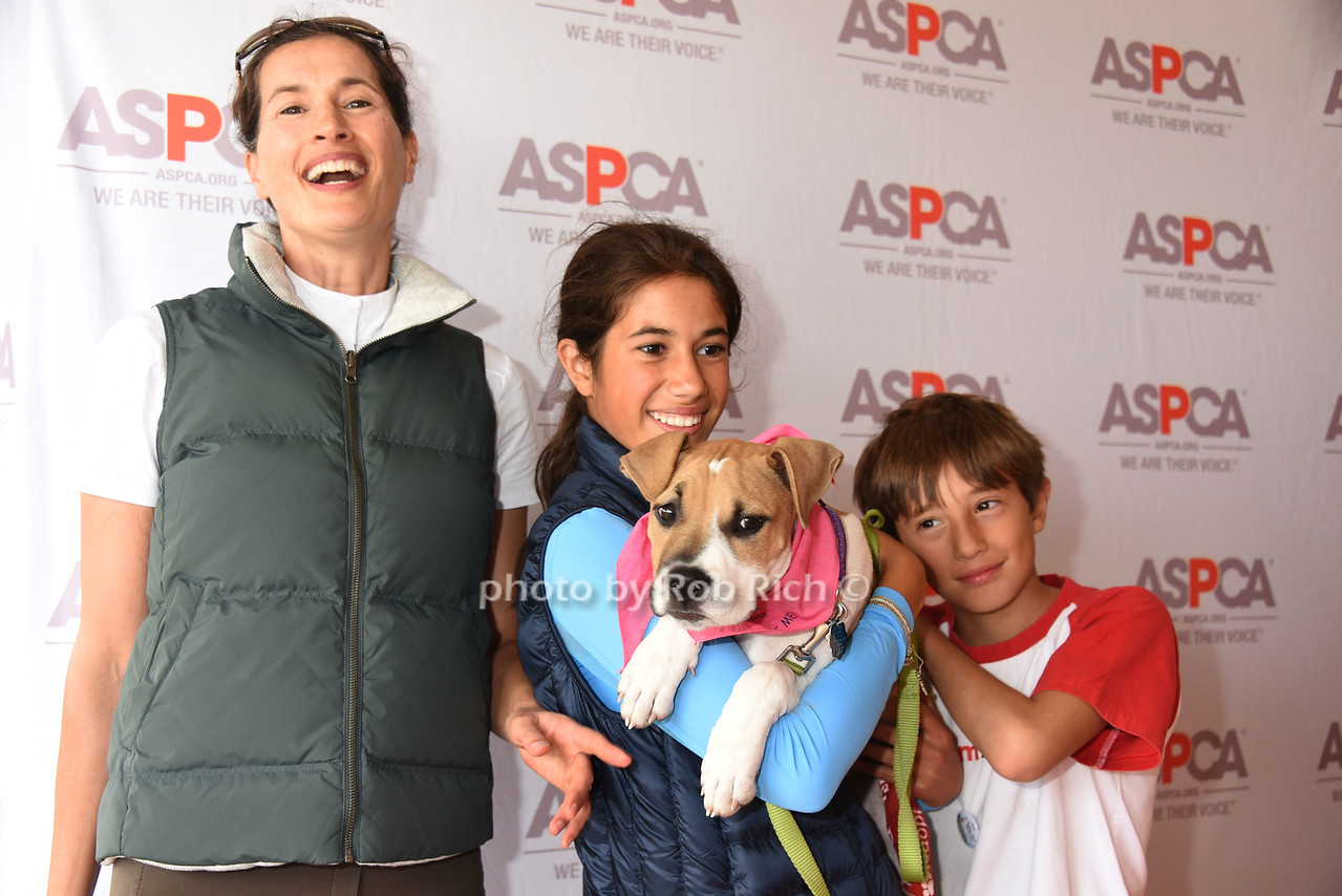 Annette Lauer, Romy Lauer, Mocha the Dog, and Thijs Lauer