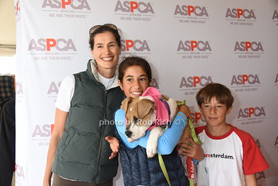 Annette Lauer, Romy Lauer, Mocha the Dog, and Thijs Lauer photo by Rob Rich/SocietyAllure.com © 2016 robwayne1@aol.com 516-676-3939