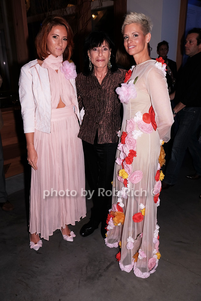Ina Visitch, Susan Frame, Michele Passarellaphoto by Rob Rich/SocietyAllure.com © 2016 robwayne1@aol.com 516-676-3939