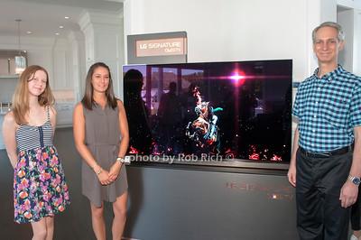 Lianne Zohn, Allison Bolla and Robert Zohn for LG Signature LED TV
