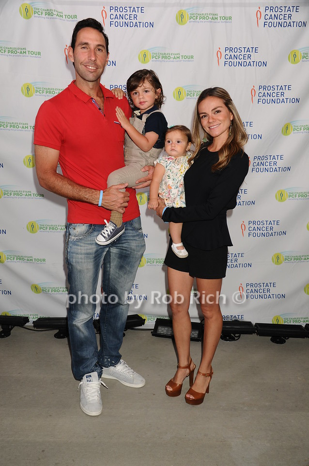 Santiago Gonzalez, Lisette Gonzalez, Matis(child) and baby CamillaÊ