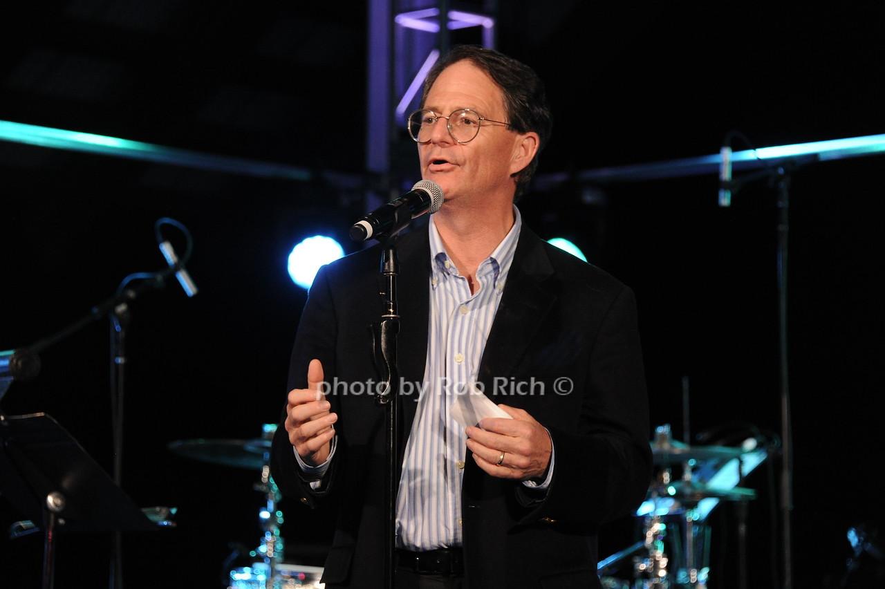 Dr. Jonathan Simonsphoto by Rob Rich/SocietyAllure.com © 2016 robwayne1@aol.com 516-676-3939