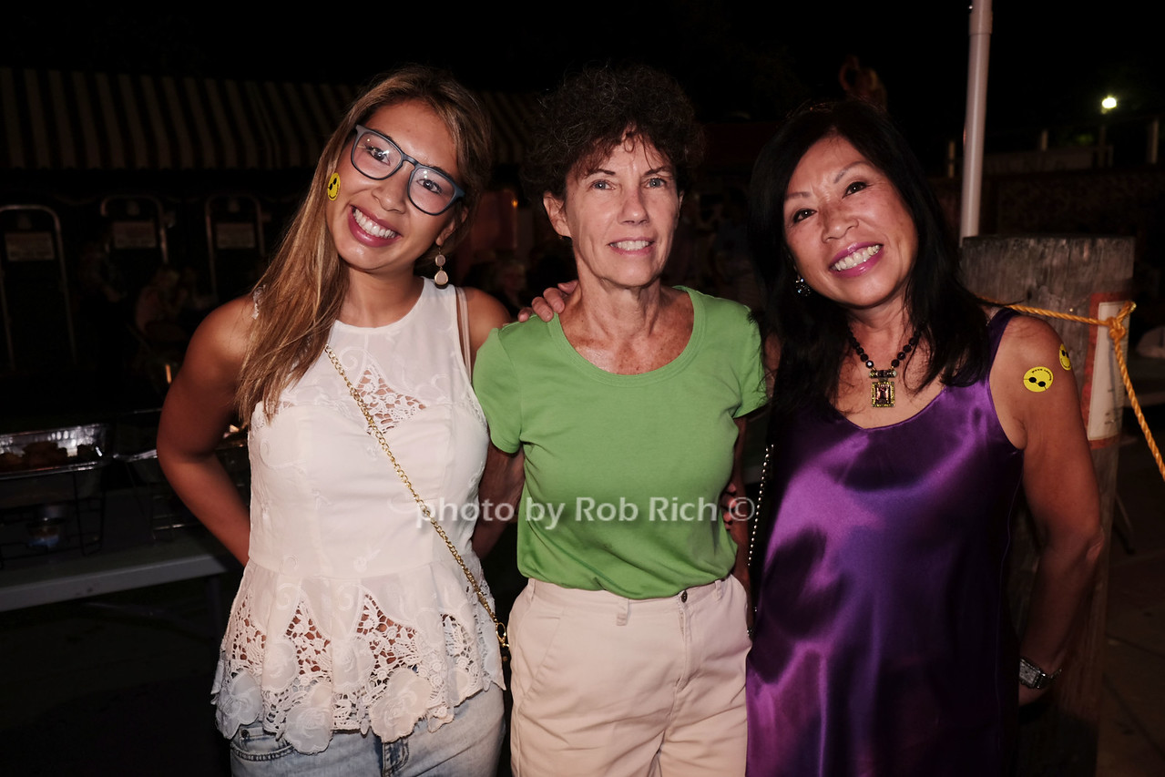 Victoria Johnston, Cathy Glazer, Joyce Johnston