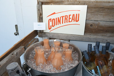 Cointreau  photo  by Rob Rich/SocietyAllure.com © 2016 robwayne1@aol.com 516-676-3939