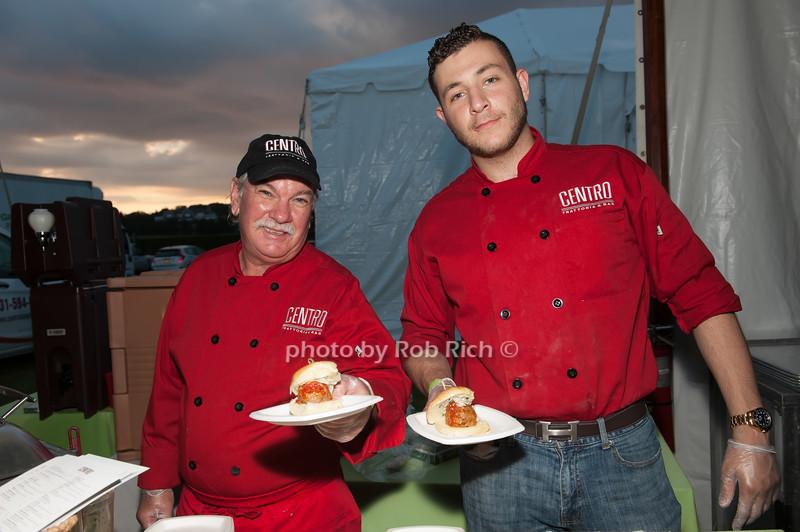 Carlo Ferranti and Randy Reiss - Centro Trattoria & Bar photo by D.Gonzalez for Rob Rich/SocietyAllure.com ©2017 robrich101@gmail.com 516-676-3939