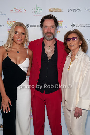 Sophie Beem and Rufus Wainwright and Marion Waxman photo by D.Gonzalez for Rob Rich/SocietyAllure.com ©2017 robrich101@gmail.com 516-676-3939