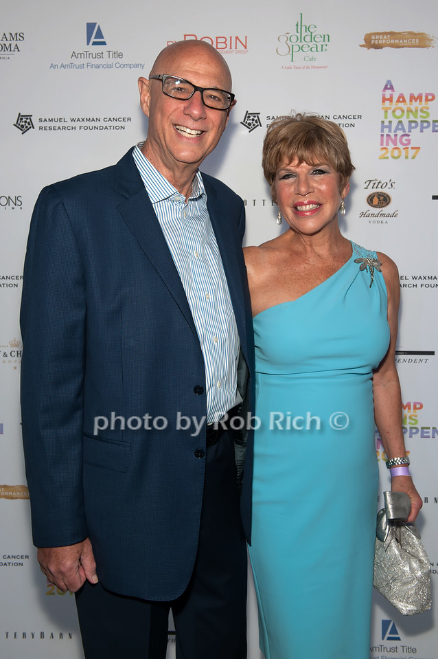 Robert Kimberg and Sharon Niuke Kimberg photo by D.Gonzalez for Rob Rich/SocietyAllure.com ©2017 robrich101@gmail.com 516-676-3939