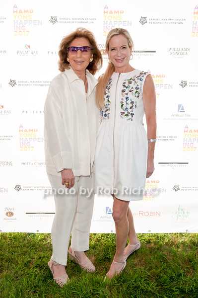 Marion Waxman and Robin Lathrop photo by D.Gonzalez for Rob Rich/SocietyAllure.com ©2017 robrich101@gmail.com 516-676-3939