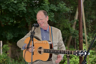 Livingston Taylor photo by Rob Rich/SocietyAllure.com ©2017 robrich101@gmail.com 516-676-3939