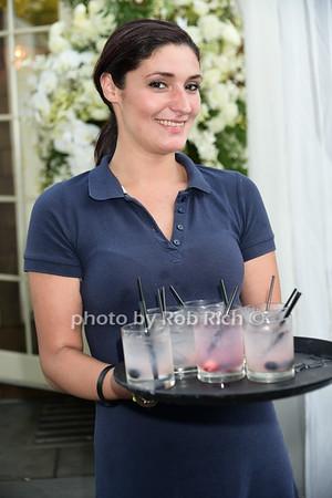 A Golden Cocktail Hour with B Floral & Bethenny Frankel