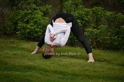 yoga photo by Rob Rich/SocietyAllure.com ©2017 robrich101@gmail.com 516-676-3939