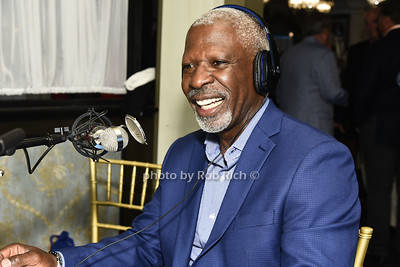 Dan Gasby does a radio intrerview  at the Southampton Cultural Society's annual gala at the Social Club in Southampton on Sunday, June 4, 2017.   photo  by Rob Rich/SocietyAllure.com ©2017 robrich101@gmail.com 516-676-3939