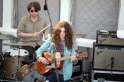 Band, Kurt Vile photo by R.Cole for Rob Rich/SocietyAllure.com ©2017 robrich101@gmail.com 516-676-3939