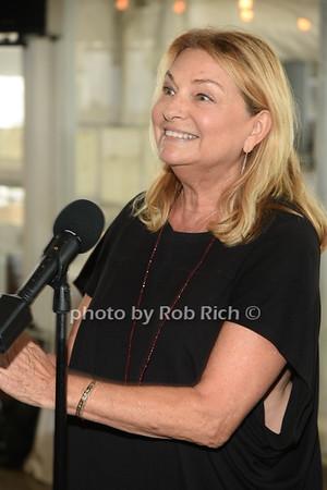Debra Halpert  photo by Rob Rich/SocietyAllure.com ©2019 robrich101@gmail.com 516-676-3939