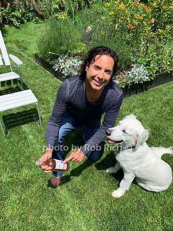 Jonathan & Jenny Baker present National Rose' Day 2019 at the Maidstone in East Hampton on 6-8-19. all photos by Rob Rich/SocietyAllure.com ©2019 - robrich