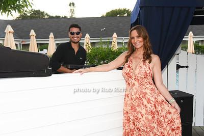 DJ Bud, Carolee Crist photo by Rob Rich/SocietyAllure.com ©2020 robrich101@gmail.com 516-676-3939