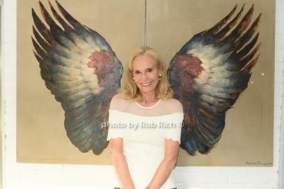 Barbara McEntee photo by Rob Rich/SocietyAllure.com ©2020 robrich101@gmail.com 516-676-3939