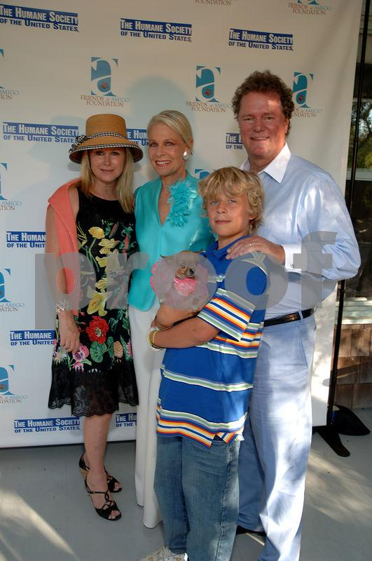 "The Humane Society of the United States and the Friends of Amigo Foundation celebrate the launch of their national ""Be Kind"" campaign and CauseCollar at the home of Frances Hayward"