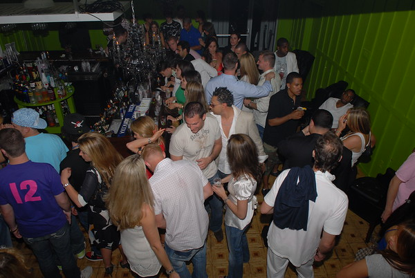 Hamptons Nightlife & Party Scene