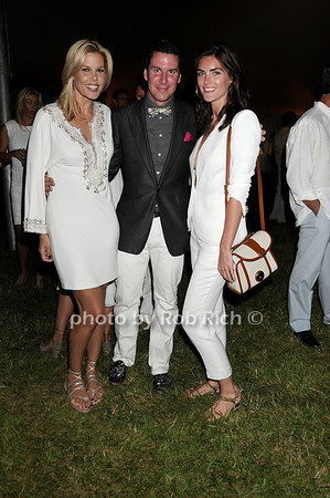 Mary Alice Stephenson, Peter Davis, Hilary Rhoda photo by Rob Rich © 2011 robwayne1@aol.com 516-676-3939