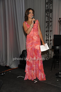 Soledad Obrien attends the Art for Life benefit at the home of Russell Simmons (July 30, 2011)