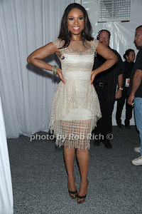 Jennifer Hudson attends the Art for Life benefit at the home of Russell Simmons (July 30, 2011)