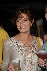 Susan Sarandon photo by Rob Rich/SocietyAllure.com © 2011 robwayne1@aol.com 516-676-3939