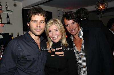 guest, Regina Kravitz,, guest photo by Rob Rich © 2009 robwayne1@aol.com 516-676-3939