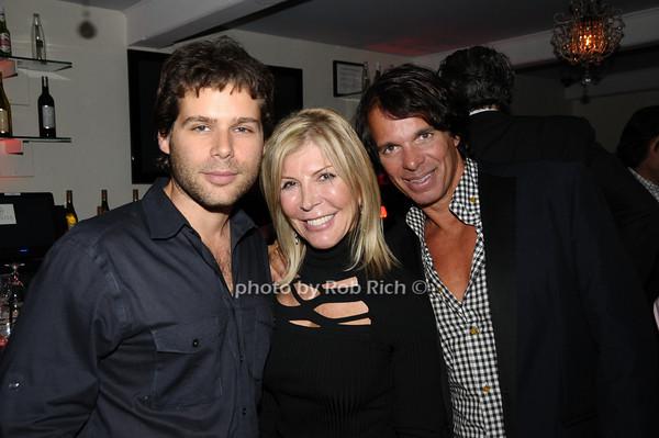guest, Regina Kravitz,, guest<br /> photo by Rob Rich © 2009 robwayne1@aol.com 516-676-3939