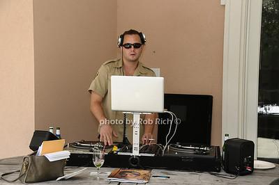DJ CRED: Justin Pallack photo by Rob Rich © 2009 robwayne1@aol.com 516-676-3939