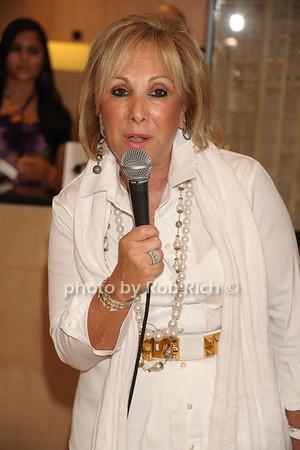 Candi Udell photo  by Rob Rich © 2011 robwayne1@aol.com 516-676-3939