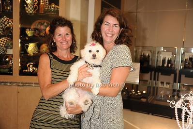 Patirica Hurley, Lucy, Stacie Selfe photo  by Rob Rich © 2011 robwayne1@aol.com 516-676-3939