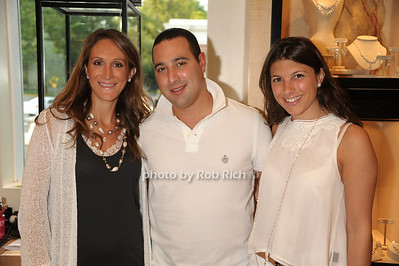 Randy Udell, Scott Udell, Jessica Udell photo  by Rob Rich © 2011 robwayne1@aol.com 516-676-3939