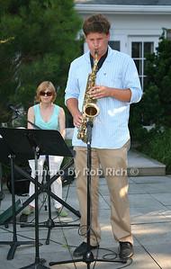 photo by Jakes for Rob Rich/SocietyAllure.com © 2011 robwayne1@aol.com 516-676-3939