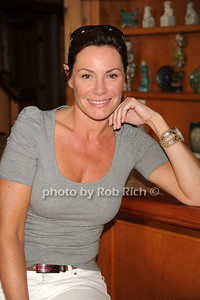 Luann de Lesseps photo by Rob Rich © 2011 robwayne1@aol.com 516-676-3939