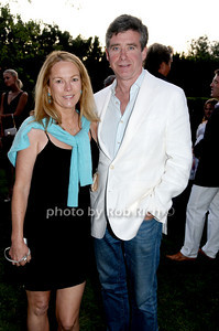 August 7:Southampton (l-r) Anne Hearst and author Jay McInerney  attend Gabrielle's Angel Foundation cocktail  party in Southampton on August 7,2009. (photo by Rob Rich/SocietyAllure.com)