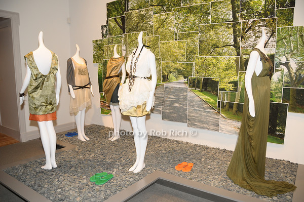 The Art of Fashion in the Hamptons<br /> photo by Rob Rich © 2009 robwayne1@aol.com 516-676-3939