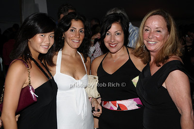 August 15- Bridgehampton:(l-r)  Guests   attend the  Ellen's Run  benefit  at the home of Steven Klein  in  Bridgehampton on August 1,2009.  photo by Rob Rich /SocietyAllure.com