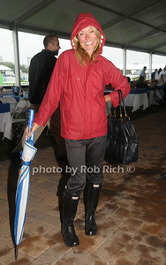 August 29- Bridgehampton:(l-r) Kelly Ripa  attends the Hampton Classic Horseshow in Bridgehampton on  August 29, 2009.  photo by Rob Rich /SocietyAllure.com