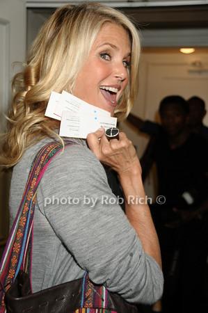 Christie Brinkley photo by Rob Rich © 2009 robwayne1@aol.com 516-676-3939
