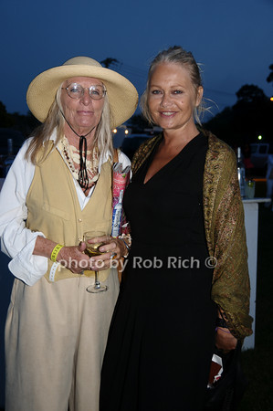 Bonni Miller and Carina Landehag<br /> photo by Rob Rich © 2009 robwayne1@aol.com 516-676-3939