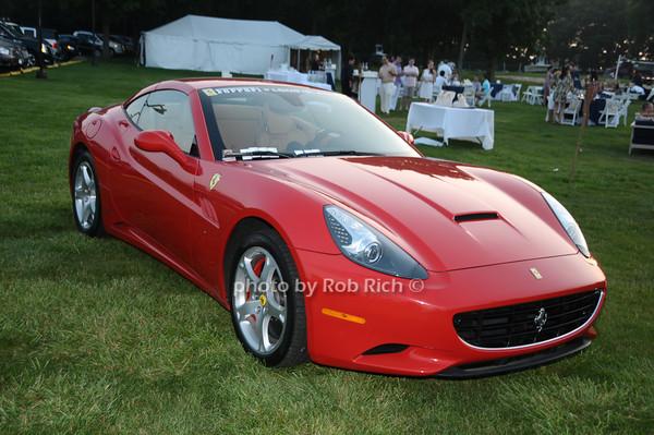 Ferrari<br /> photo by Rob Rich © 2009 robwayne1@aol.com 516-676-3939