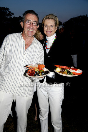 John Gruen and Joan Gruen<br /> photo by Rob Rich © 2009 robwayne1@aol.com 516-676-3939
