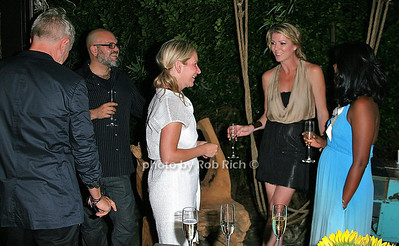photo by Jakes van der Watt for Rob Rich/SocietyAllure.com © 2011 robwayne1@aol.com 516-676-3939