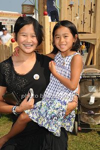 Gigi Popcorn and CC Popcorn enjoy kids  on  day 4 of the Hampton Classic Horseshow (September 3, 2011)