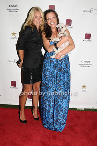 Kelly Ripa, Wendy Diamond photo by Rob Rich © 2009 robwayne1@aol.com 516-676-3939