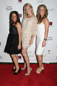 Alissa Mintz, Sarah Arison, Marissa Broxmeyer photo by Rob Rich © 2009 robwayne1@aol.com 516-676-3939