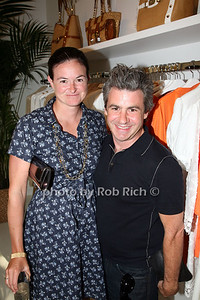 Carrie Karasyou, Richard Sinott  photo  by Rob Rich © 2009 robwayne1@aol.com 516-676-3939